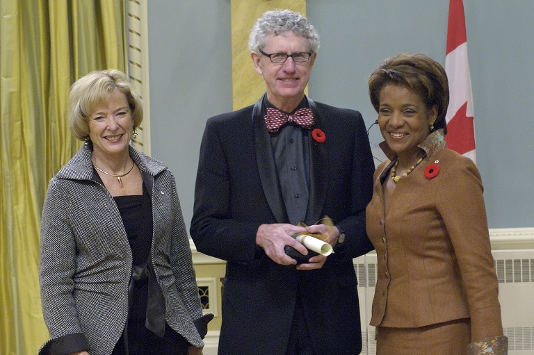Brian McKenna accepting his award at Rideau Hall, 2007.